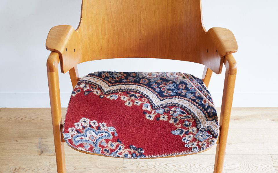 CARPET ON THE CHAIR